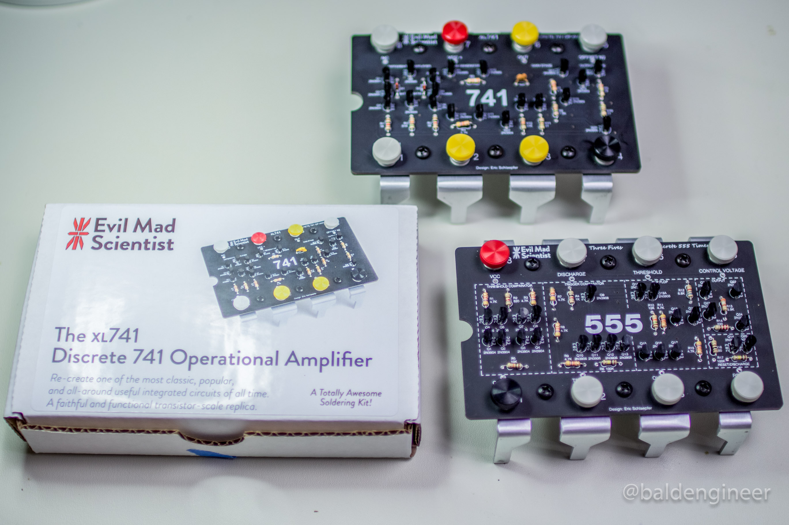 Xl741 And 555 With Box Bald Engineer 741 Operational Amplifier Electronic Circuits