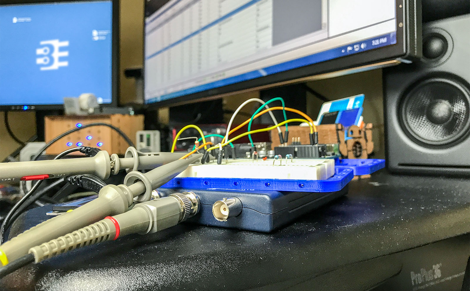 PicoScope 2204 Review and Hands-On - Bald Engineer