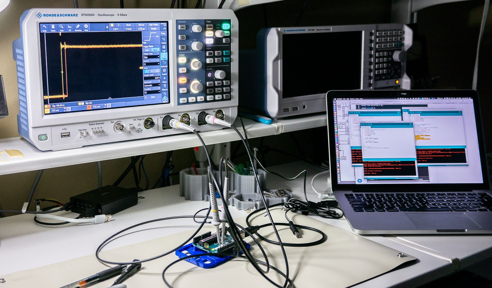 Learn Six Oscilloscope Measurements With An Arduino Dut Bald Engineer Very Simple Computer Dc Circuits Electronics Textbook