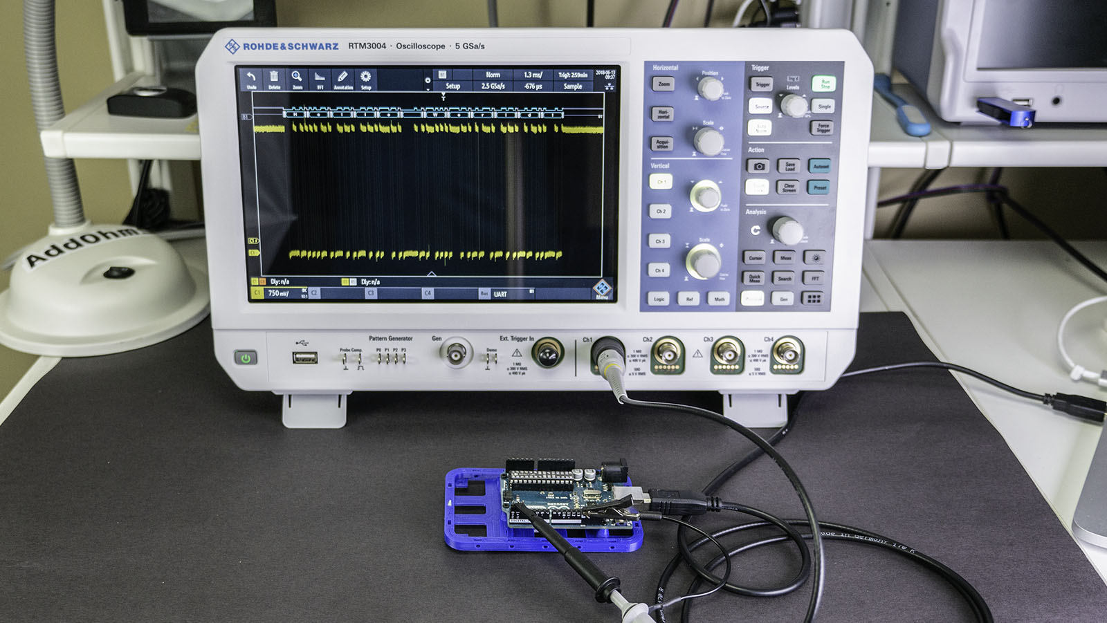 RTM3004 Oscilloscope Measurements with an Arduino Uno
